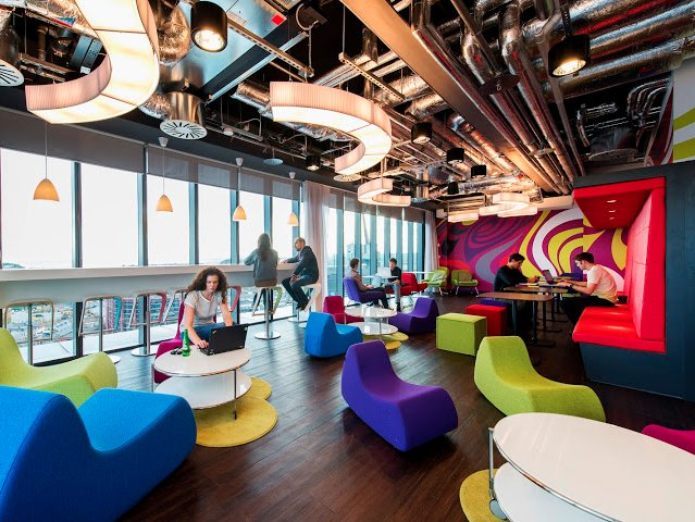 the-colorful-dublin-offices-have-plenty-of-space-for-employees-to-relax-and-work