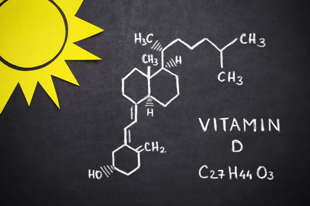 نور آفتاب مهمترین منبع طبیعی جهت ساخت ویتامین D در بدن است.