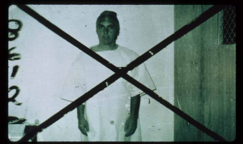 زندانی ۸۶۱۲ که به دلیل وضعیت بد روحی از مطالعه کنار گذاشته شد. منبع: PrisonExp