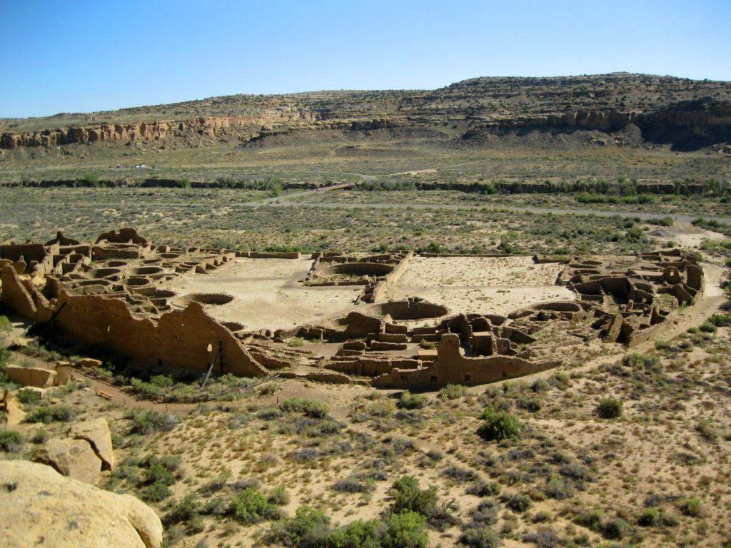 پوئبلو بونیتو (Pueblo Bonito)، بزرگترین سرای بزرگ در درۀ چاکو، نیو مکزیکو. امتیاز تصویر: National Register of Historic Places / CC BY-SA 3.0