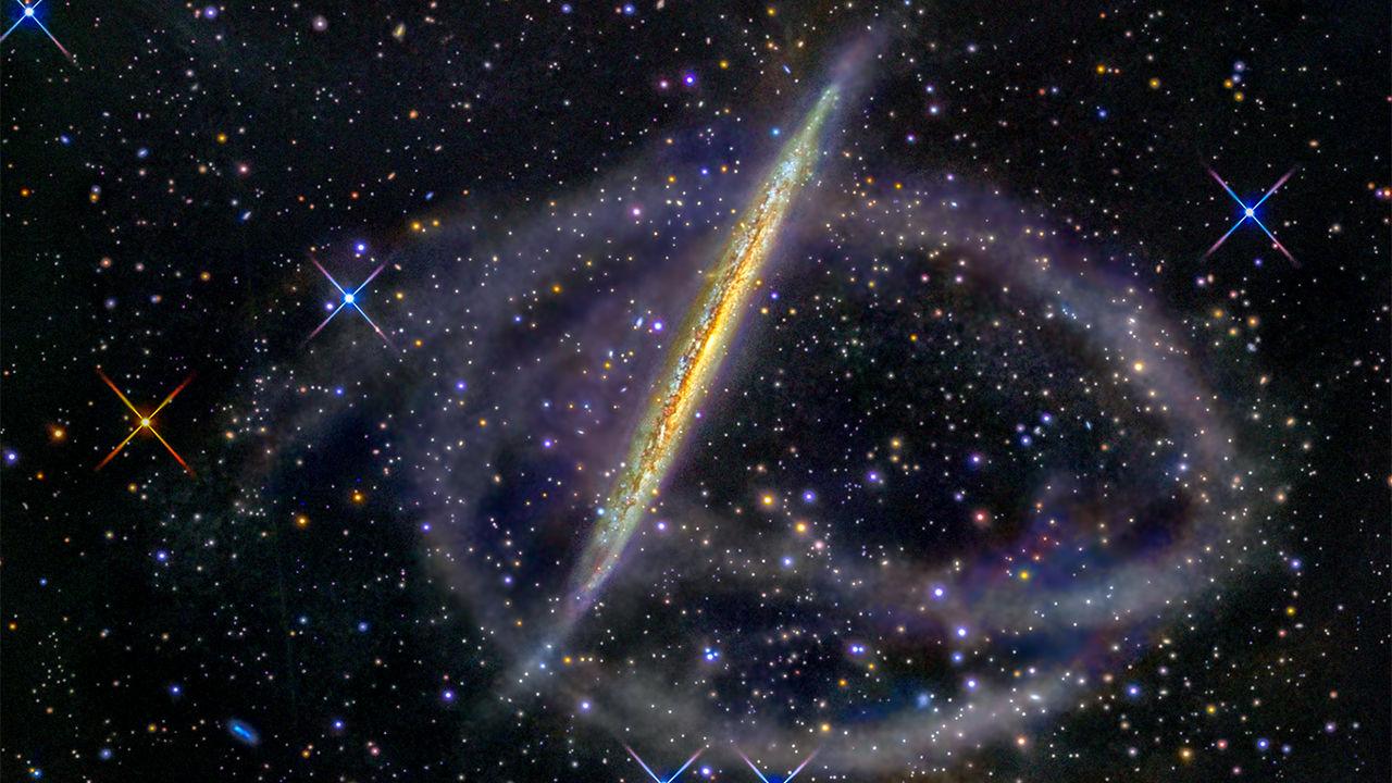 جریان های ستاره ای در اطراف کهکشان NGC 5907