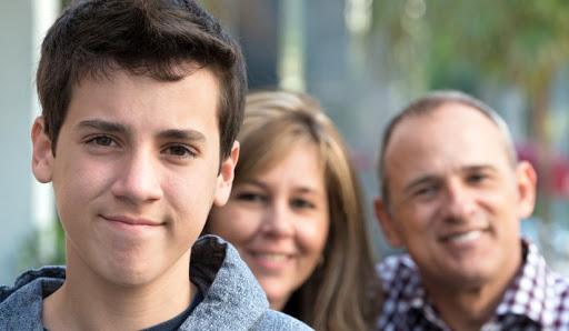 والدین و نوجوان