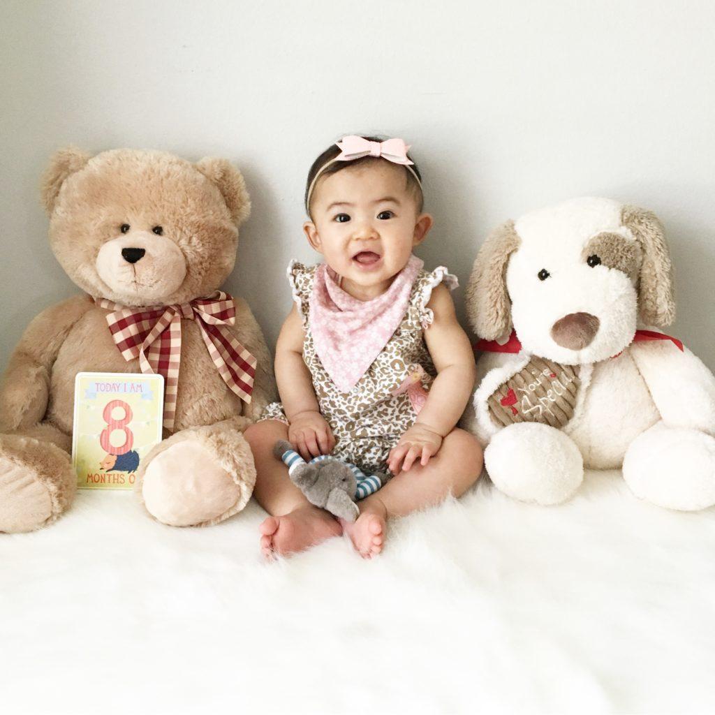 دختر هشت ماهه