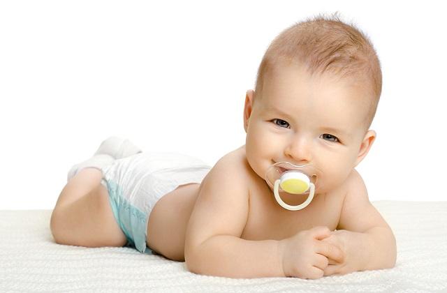 کودک پنج ماهه