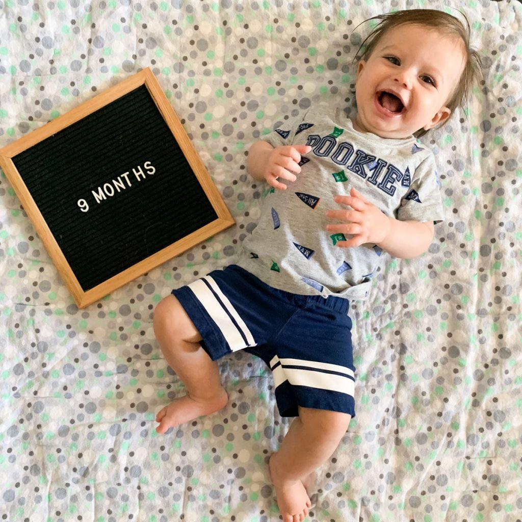 کودک نه ماهه